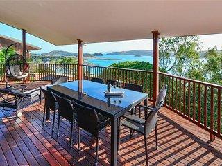Spacious 4 bedroom Condo in Hamilton Island - Hamilton Island vacation rentals