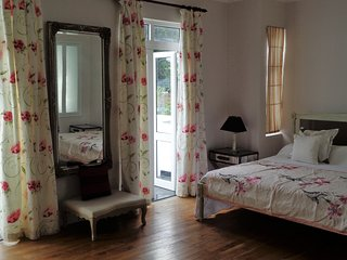 Deluxe double in Chateau Elysium - mountain view - Beau Vallon vacation rentals