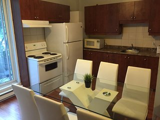 Huge place for up to 6 people, free parking, clean and central - Montreal vacation rentals