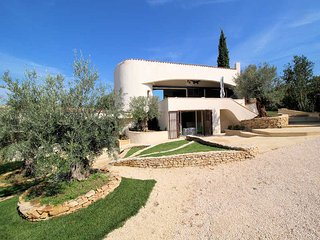 Comfortable modern Villa 8p. Castillon-du-Gard, private heated pool - Castillon-du-Gard vacation rentals