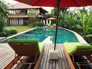 Villa Vastu Four Bedroom Villa - Pejeng vacation rentals