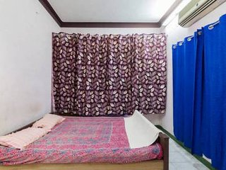 house near pondichery rock beach its a home stay - Pondicherry vacation rentals