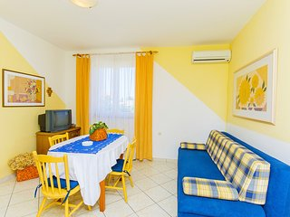 Apartments Biserka Novalja - type 4+2 - Novalja vacation rentals