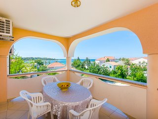 Apartments Biserka Novalja - type 4+1 - Novalja vacation rentals
