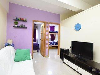 Very Cozy 3 Bdrs Apartment 3-8 ppl Near to MRT 705 - Hong Kong vacation rentals
