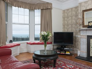 'Castaways' One Bed Pet Friendly Self-Catering  apt  sea views - - Whitley Bay vacation rentals