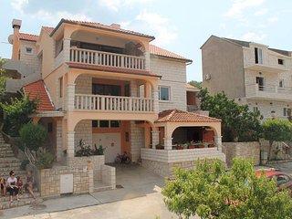 4 bedroom Condo with Internet Access in Korcula Town - Korcula Town vacation rentals