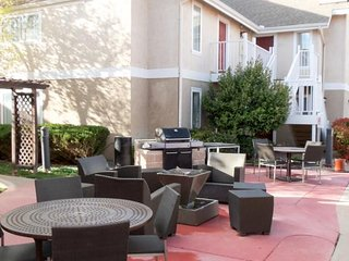 Nice Resort with Washing Machine and Television - Lubbock vacation rentals