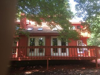 GOTHIC STYLE  3BR POCONO HOME COMPLETELY RENOVATED IN OCTOBER  2016. - Long Pond vacation rentals