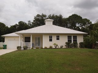 Vacation in this gorgeous Key West style home, convenient to shopping & beaches - Murdock vacation rentals