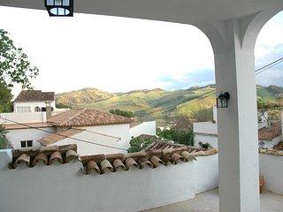 A unique property in a traditional pueblo blanco with magnificent views. - Montecorto vacation rentals