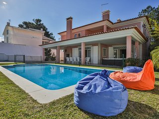 Villa Camelia - South Coast of Lisbon - Verdizela vacation rentals