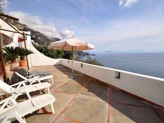 Trilocale a Praiano per 6 persone ID 308 - Praiano vacation rentals