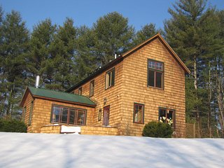 Southern Vermont Hideaway for skiers, writers, artists, romantics - Brookline vacation rentals