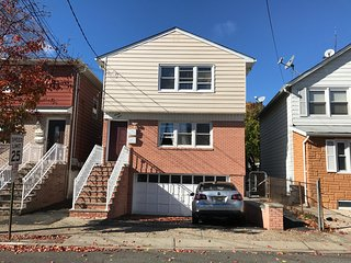 *PRIVATE APT. W/ PRIV. BATH + KING BED Near NYC/NewarkAirport/JerseyGardensMall - Hillside vacation rentals