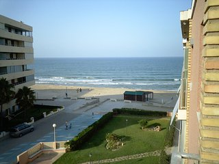 Apartment built on the front beach to Rent;  short  or long term - Sueca vacation rentals