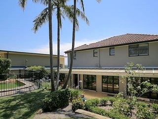 Elegant Holiday Home near Northern Beaches & CBD - Northbridge vacation rentals