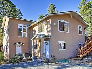 Peaceful 4BR Ruidoso Cabin w/ Nature Views! - Ruidoso vacation rentals