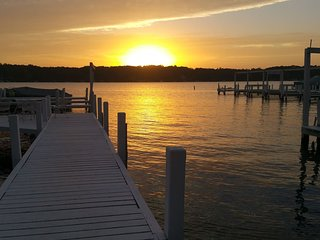 Lake Front Four Season Cottage - Williams Bay vacation rentals