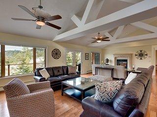 Stunning Mountain Lodge with Lake Views (LK17) - Stateline vacation rentals
