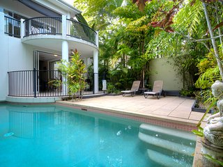 Perfect Villa in Port Douglas with Washing Machine, sleeps 6 - Port Douglas vacation rentals