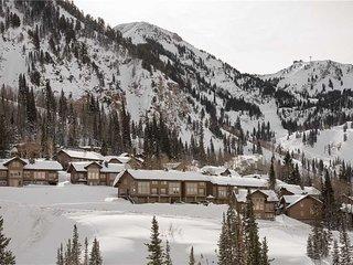 Charming 3 bedroom Vacation Rental in Snowbird - Snowbird vacation rentals
