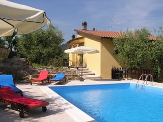 Comfortable Villa with Shared Outdoor Pool and Satellite Or Cable TV - Sant'Arcangelo vacation rentals