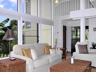 Light, Bright & Airy, Large, Princeville Beach Cottage Condo Home - Princeville vacation rentals