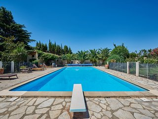 Granary Palm View - Heated pool - Child friendly gardens - Beach 10mins - Perpignan vacation rentals