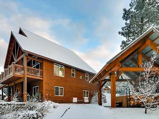 Remarkable 5BD Home Near Suncadia|Hot Tub, Game Rm|Slps13| 3rd Nt FREE - Cle Elum vacation rentals
