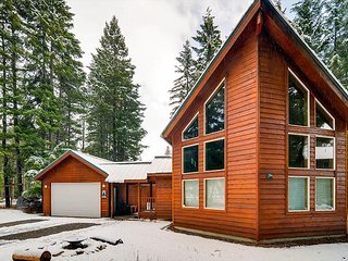3-for-2 Winter, Awesome Cabin Nr Suncadia, Covered Patio, Wood Fireplace - Cle Elum vacation rentals