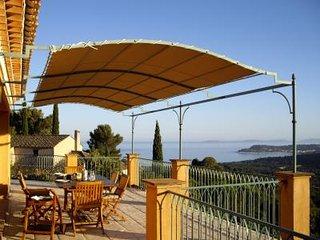 Villa avec piscine et vue mer F164 - La Croix-Valmer vacation rentals