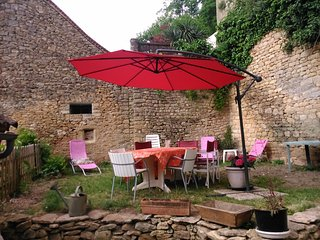 House with wonderful city view - Limeuil vacation rentals
