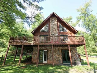 Rock Lodge Retreat - McHenry vacation rentals