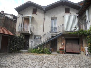 Romantic 1 bedroom Varese Apartment with Internet Access - Varese vacation rentals