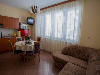 Romantic 1 bedroom Condo in Orebic - Orebic vacation rentals