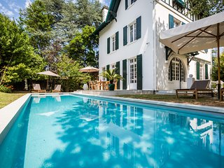 Elegant Luxury Biarritz Villa & Heated Pool - minutes from beach - Biarritz vacation rentals