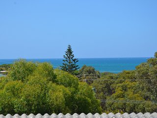 The Coast House - Beach house style accommodation - Guilderton vacation rentals