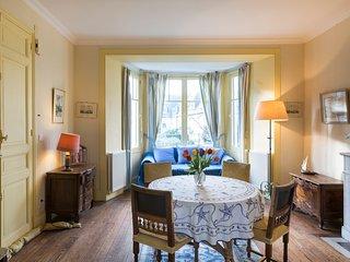 Appartement dans Villa, Saint Malo, à 100m des Thermes Marins & de la plage - Saint-Malo vacation rentals