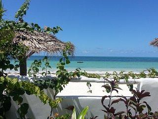 Water's edge living-Private serviced villa,5Bedr, Pool, Kite Beach (Sleeps 12) - Bwejuu vacation rentals