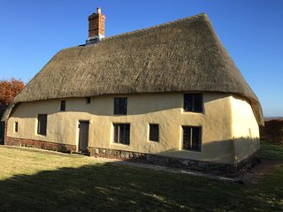 "Medieval ""Hall"" House c 1420 with outstanding views of the Lincolnshire Wolds - Tetford vacation rentals"