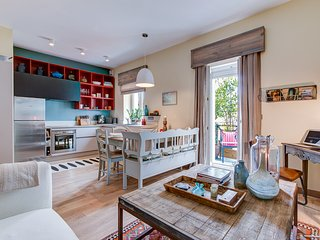 SPECIAL OFFER -22% Charming 2 bed-Apartment Biarritz Centre, Balcony & Beaches - Biarritz vacation rentals