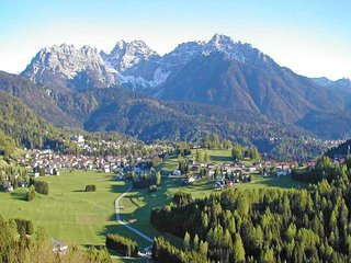 Typical villa for 8 people under the Dolomiti mountain in San Vito di Cadore - San Vito Di Cadore vacation rentals