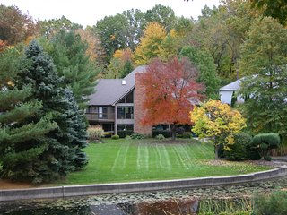 Relax on the beautiful Portage Lakes - Portage Lakes vacation rentals