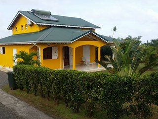 Adorable 4 bedroom House in Capesterre-Belle-Eau with Television - Capesterre-Belle-Eau vacation rentals