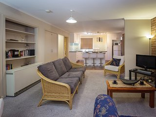 2 bedroom Apartment with Television in Jindabyne - Jindabyne vacation rentals