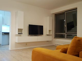 Room with a view. Perfect location with an amazing view over Hamburg - Hamburg vacation rentals