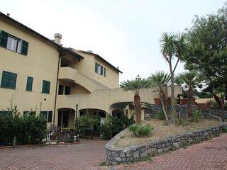 Nice Condo with Internet Access and Television - Garlenda vacation rentals