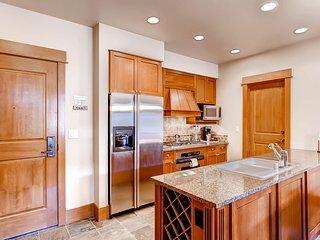 Luxury Ski-in/Ski-Out 1Br Condo. Stay Here & Kids Ski Free! ~ RA132422 - Keystone vacation rentals