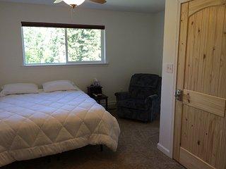 Bed and Breakfast in Kasilof - Little Bear's Cave Room - Kasilof vacation rentals